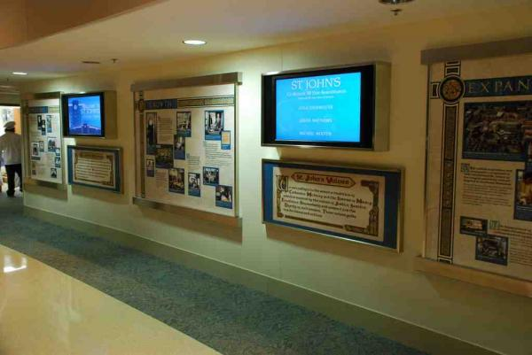 digital signage in hospital